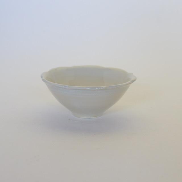 中里花子 チャクラ小鉢 ホワイト 口径10cm