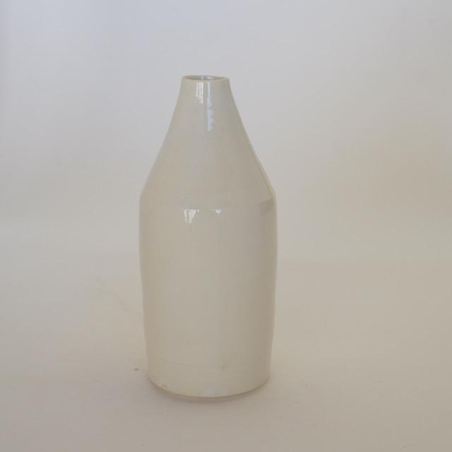 中里花子 ホワイトボトル花入れ 【花瓶】