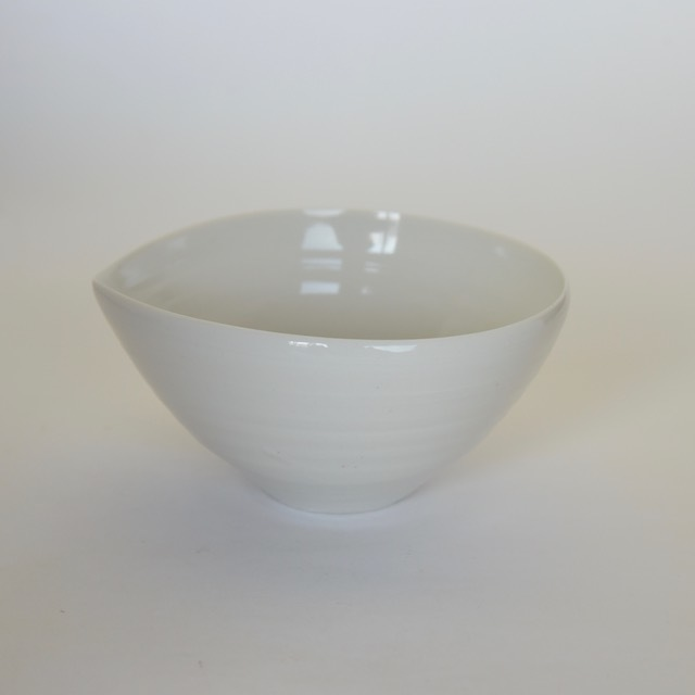中里花子 白磁アーモンドボウル【碗】【スープボウル】