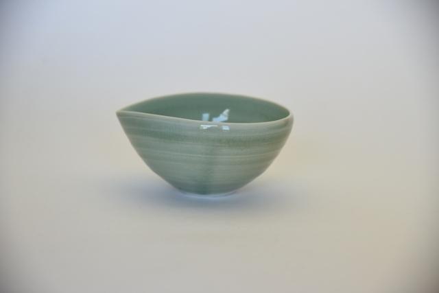 中里花子 緑青磁釉アーモンド鉢 【碗】【スープボウル】