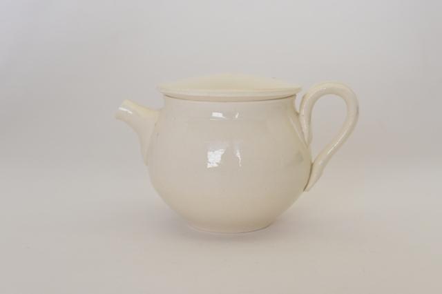 中里花子 マットホワイトティーポット【茶器】【陶器】
