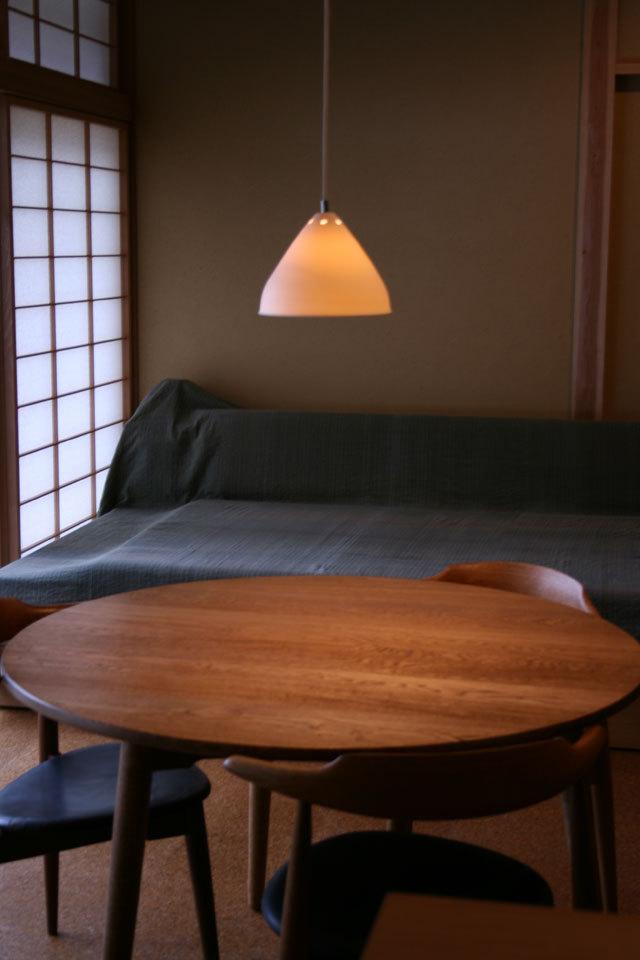 中里隆デザイン ランプシェード ラッパ型