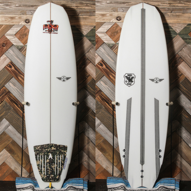 "【中古極上品】 NATION Lamborghini 5'5"" x 18-1/2"" x 2-1/4""  【商品グレード】★★★★☆"