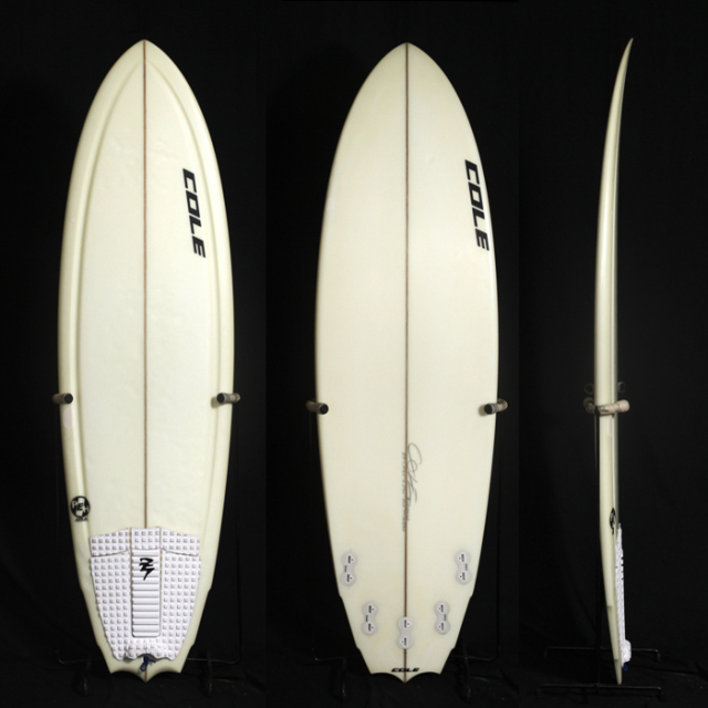 "【中古優良品】PRAYING MANTIS 5'9"" x 19-3/4"" x 2-7/16"" C-1378 【商品グレード】★★★☆☆"