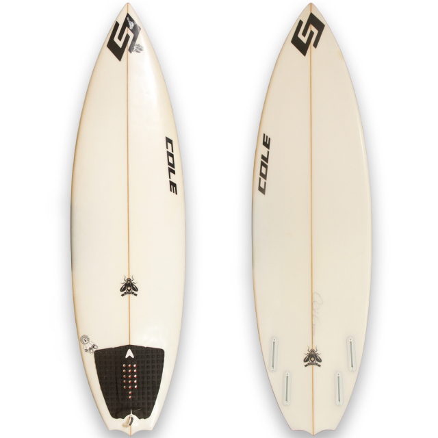 "【中古優良品】COLE FIRE FLY 5'11"" x 19-1/4"" x 2-3/8""  【商品グレード】★★★☆☆"