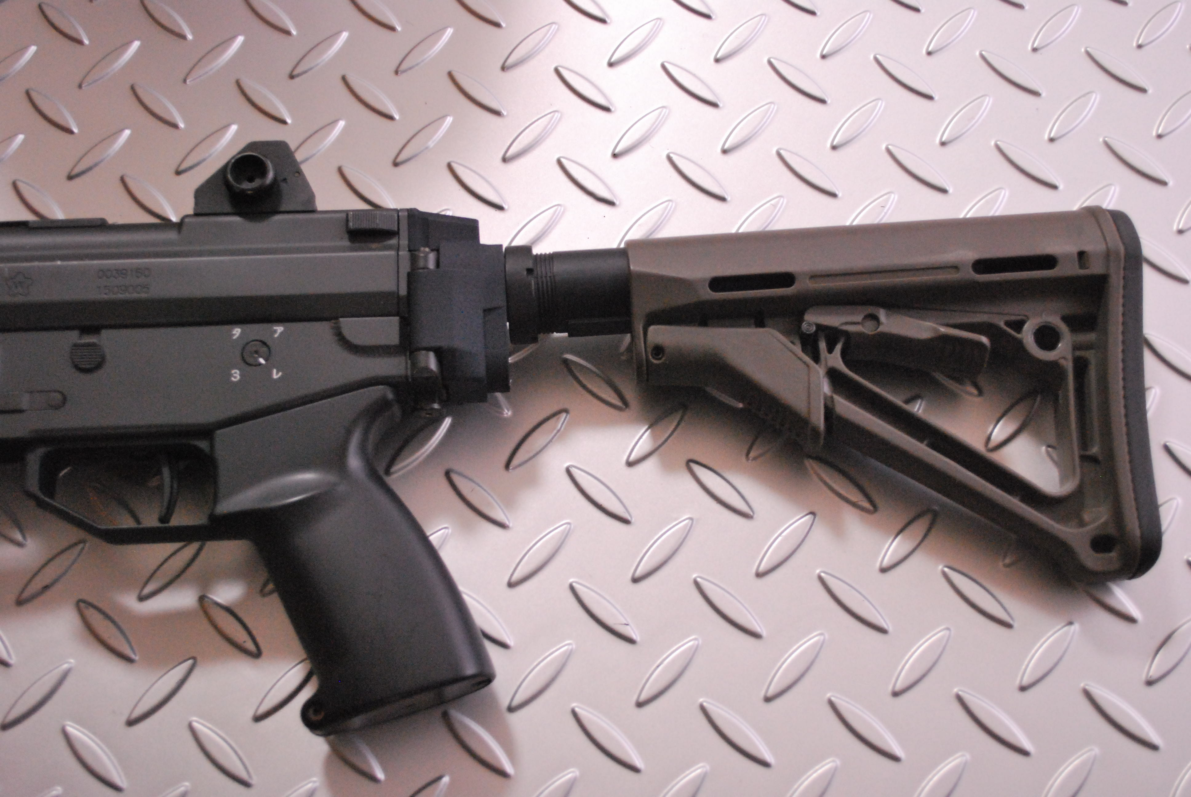 89式小銃折曲銃床専用 M4系ストック用アダプター