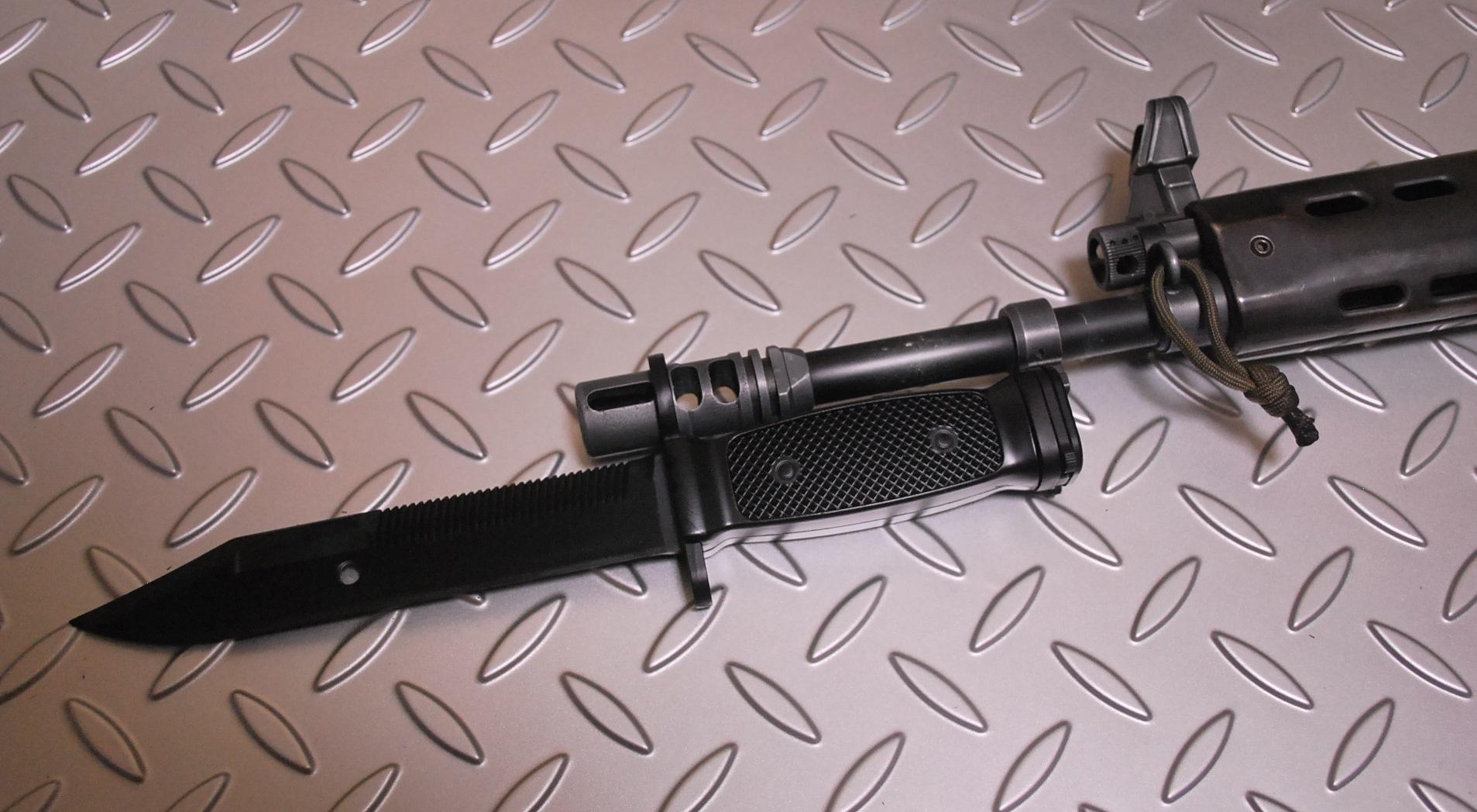 陸上自衛隊 89式小銃用多用途銃剣(模擬) 着剣可能  MDN