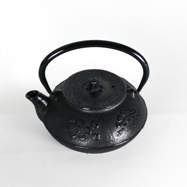 南部鉄器 南部小鉄瓶 急須 茶瓶 『松竹梅』 0.3L