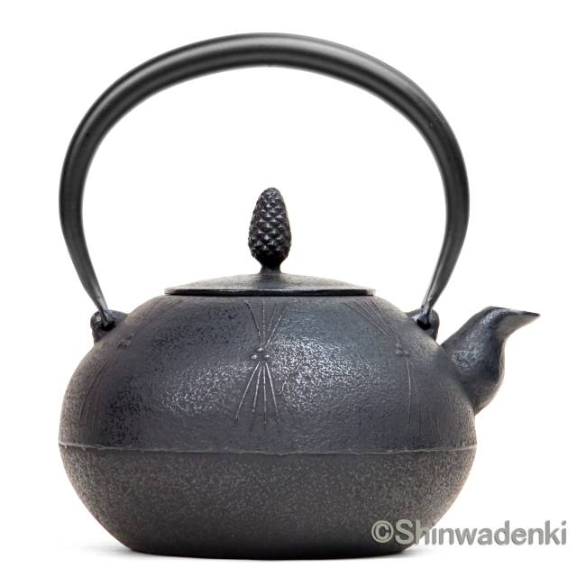 金野和秋作 南部鉄器 鉄瓶 丸形松