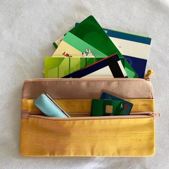nanfan トラベルホルダー 通帳、カード、ハンコも収納