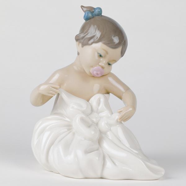お風呂上りの女の子【02001337】