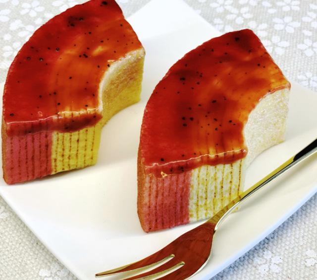 苺かさね 奈良苺のバウムクーヘン
