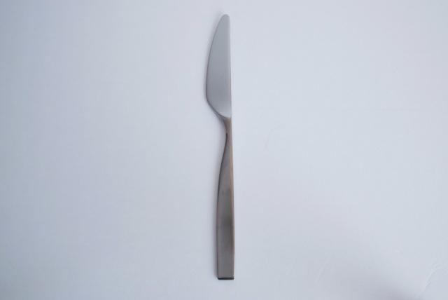 ディナーナイフ