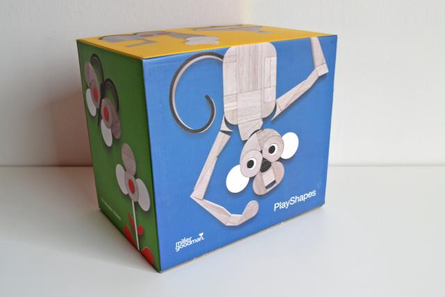 イギリスのおもちゃ「PlayShapes」
