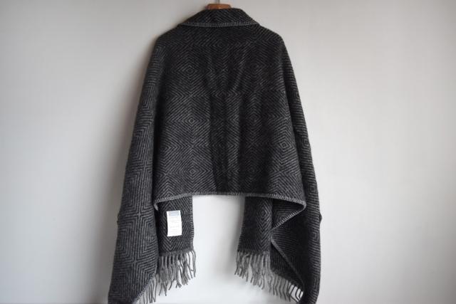 MARIA / pocket shawl