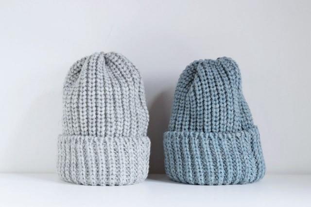 折り返しリブ編みニット帽