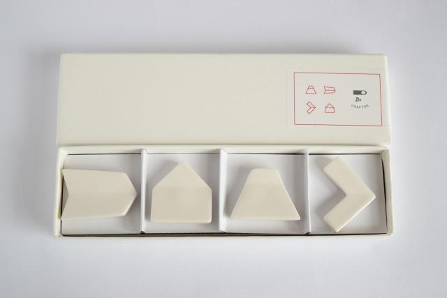 クラスカ[CLASKA] ドーの箸置き 白