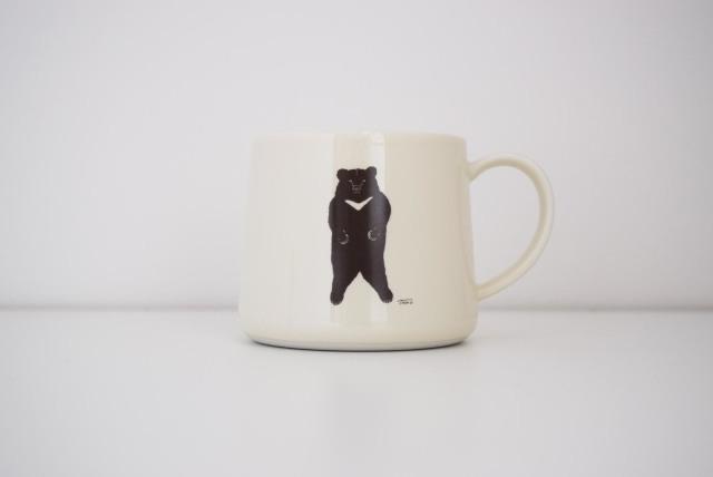 クマのマグカップ