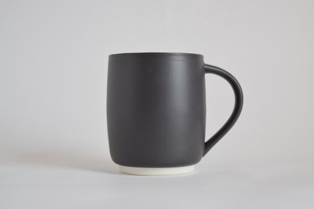 すすむマグカップ 小(黒)