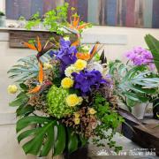 古希祝い花 70歳誕生日お祝い花 アレンジメント 二子玉川の花屋ネイティブフラワーイーダ