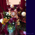 公演祝いスタンド花 舞台に贈る 東京 ネイティブフラワー 赤ワインレッド