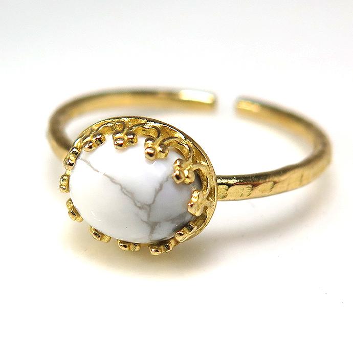 天然石指輪 ハウライト ハンマードリング(カボションオーバル横8×6mm)(真鍮ブラス・ゴールドカラー)(1個)