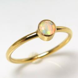 エチオピアンオパール リング 14kgf指輪 天然石 ベゼル ラウンド 4mm ゴールドフィルド(1個)