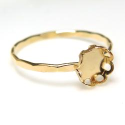 14kgf 指輪 ハンマード リング フラワー 花形 カボション ラウンド5mm ゴールドフィルド (サイズ目安:11号) 1個