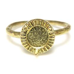 ブラスリング 真鍮 指輪 3本爪 空枠 カボション ラウンド 6mm ゴールドカラー(3個)