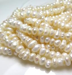 淡水パール真珠(ホワイト系)/ポテト(5~6mm玉)約36センチ(5連)