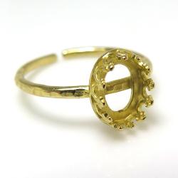 ハンマード指輪リング空枠クラウン(ベゼルセッティング/カボション用)(オーバル8×6mm)(真鍮ブラス・ゴールドカラー)(4個)