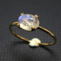 14kgf天然石リング(指輪)レインボームーンストーン<6月誕生石> 6×4mm(4本爪カボション/オーバル)ゴールドフィルド(1個)