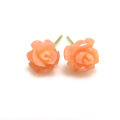 薔薇ピアス(コーラル珊瑚サンゴ)(染・ピンク)14kgf ゴールドフィルド 6~7mm(1ペア)