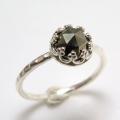 パイライト 指輪 リング 天然石 ハンマード ラウンド6mm 真鍮ブラス・シルバーカラー/1個