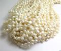 淡水パール真珠ビーズ(ホワイト系)/ラウンド・ハーフフラット(トップドリル)5mm(1連)