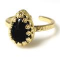 ブラックオニキス 指輪 天然石(ペアシェイプ・カボション 10×7mm)(真鍮ブラス・ゴールドカラー)