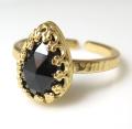 ブラックオニキス 指輪 天然石(カボション ローズカット ペアシェイプ・10×7mm)(真鍮ブラス・ゴールドカラー)