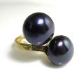 淡水パール(真珠)指輪リング/ハンマード(ボタン・ダークブルー~ブラック系12mm×2)(真鍮ブラス・ゴールドカラー)(1個)
