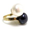 淡水パール(真珠)指輪リング/ハンマード(ボタン・ホワイト系+ダークブルー~ブラック系12mm×2)(真鍮ブラス・ゴールドカラー)(1個)