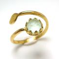 天然石カルセドニー(ブルー染)・ローズカット指輪リング・リーフ(ベゼルカボションラウンド・6mm)(真鍮ブラス・ゴールドカラー)(1個)