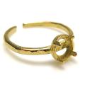 ブラス 指輪 リング ハンマード 空枠 4本爪(ラウンド/カボション用)5mm(真鍮ブラス・ゴールドカラー)(3個)