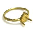 指輪 リング 空枠 3本爪 ラウンド カボション4mm 真鍮ブラス・ゴールドカラー(6個)