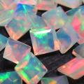 天然石ルース(裸石)・エチオピアンオパール/スクエア【4mm】ファセットカット(1個)