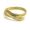 フェザー 羽 リング 指輪 モチーフリング ハンマード(真鍮ブラス・ゴールドカラー)(1個)