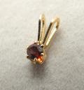 スタッドペンダントトップ「14kgf(ゴールドフィルド)」天然石ガーネット<1月誕生石>3mm/6本爪(2個)