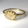 天然石指輪  ゴールデンルチルクオーツ ハンマードリング(カボションオーバル横8×6mm)(真鍮ブラス・ゴールドカラー)(1個)