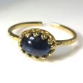 天然石指輪  ブルーサファイア ビルマ産<9月誕生石> ハンマードリング(カボションオーバル横8×6mm)(真鍮ブラス・ゴールドカラー)(1個)