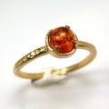 天然石リング 指輪 バルティックアンバー(琥珀) ハンマードリング(4本爪 カボション ラウンド 5mm)(真鍮ブラス・ゴールドカラー)