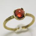 天然石リング 指輪 ガーネット(モザンビーク) ハンマードリング(4本爪 カボション ラウンド 5mm)(真鍮ブラス・ゴールドカラー)