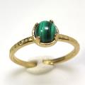 天然石リング 指輪 マラカイト ハンマードリング(4本爪 カボション ラウンド 5mm)(真鍮ブラス・ゴールドカラー)